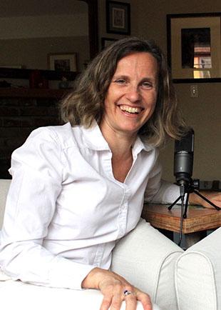 Julia Menard Podcasting
